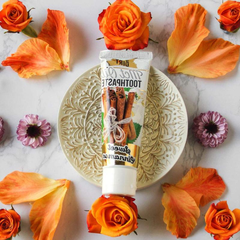 The Coconut Toothpaste/All with Essential